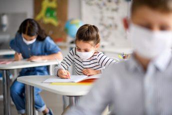 MPSC alerta que aulas presenciais são atividades essenciais e não podem ser suspensas sem, antes, a proibição de outras atividades