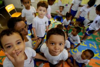 92% Dos Municípios Brasileiros Têm Currículos Alinhados À BNCC